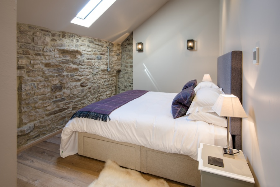 16. Upstairs double bedroom in Cowshed