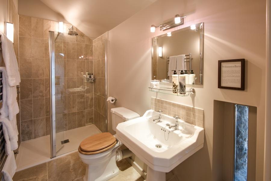 20. Walk in shower en-suite to upstairs Cowshed bedroom
